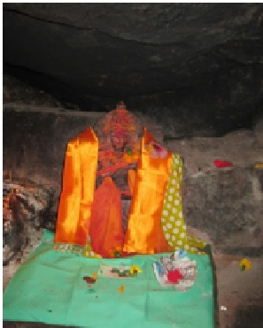 Saraswathy Maa's idol worshipped by Veda Vyas