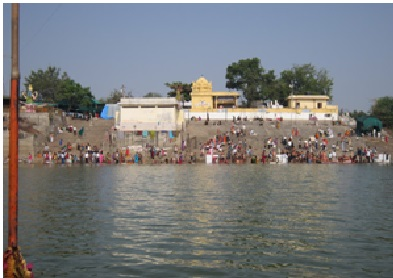 Temple on the banks of River Godavari